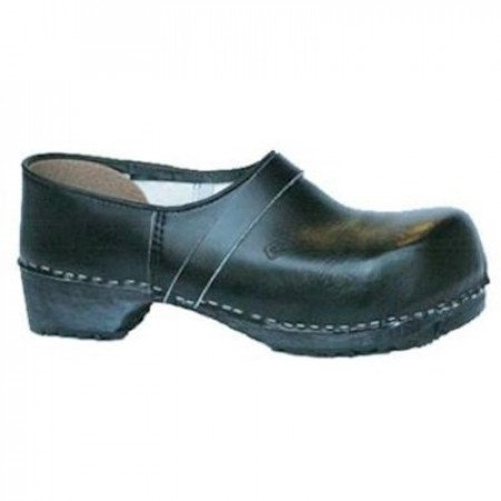 Wooden shoes and safety shoes